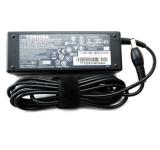 Adapter Toshiba 19V-4.7A
